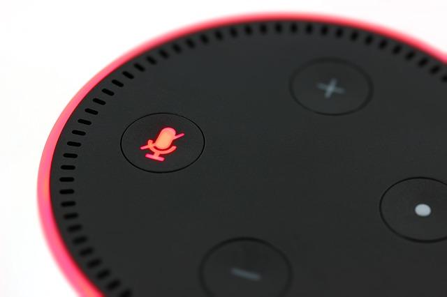 Come controllare le luci con Alexa